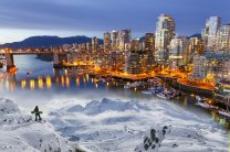 Vancouver, between sea and snow